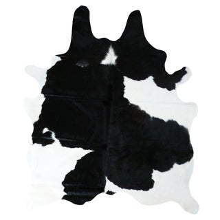 Black and White Cowhide Rug (6' x 7')