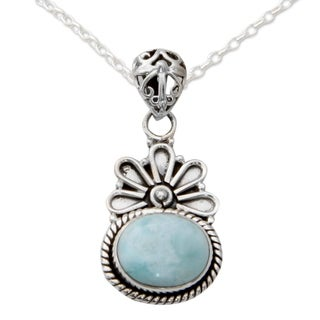 Handcrafted Sterling Silver 'Heaven on Earth' Larimar Necklace (India)