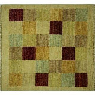 Unqiue Multicolor and Ivory Gabbeh Hand-knotted Wool Area Rug (5' Square)