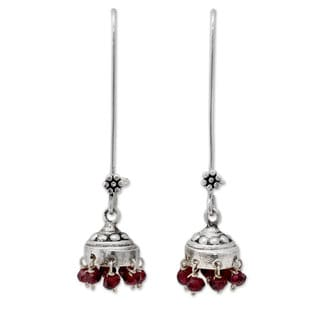 Handmade Sterling Silver 'Bride of India' Garnet Earrings (India)