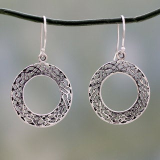 Handcrafted Sterling Silver 'Lacy Loops' Earrings (India)