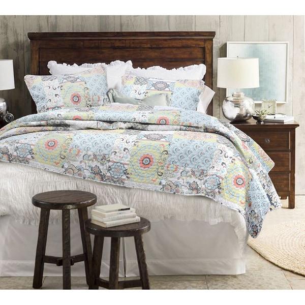 moorea cotton patchwork 3 piece quilt set   17699045