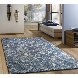 Microfiber Woven Royal Blue and White Area Rug (5' x 7')