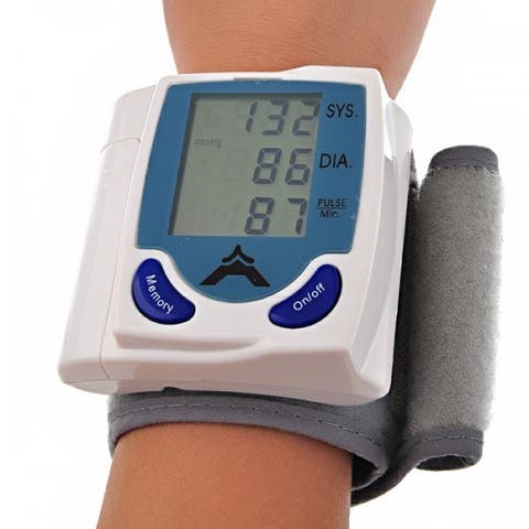 Plastic Battery-powered Blood Pressure Monitor