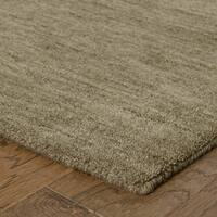 Handwoven Plush Wool Heathered Green Rug (8' X 10') - 8' x 10'