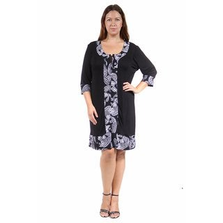 24/7 Comfort Apparel Women's Plus Size Black&White Paisley Trimmed Shift Dress