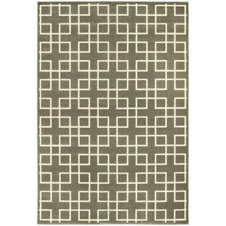 "Geometric Trellis Heathered Grey/ Ivory Rug (7'10"" X 10'10"")"