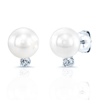 14k White Gold White Akoya Pearl and 1/10ct TDW Diamond Earrings (6-7mm) (H-I, SI1-SI2)
