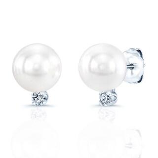 14k White Gold White Akoya Pearl and 1/10ct TDW Diamond Earrings (6-7mm) (H-I, SI1-SI2)