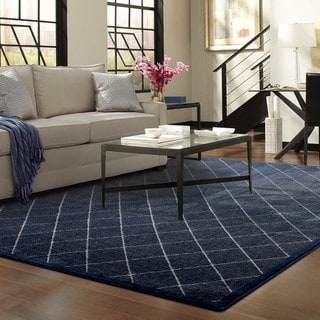 "Diamond Trellis Heathered Navy/ Ivory Rug (7'10"" X 10'10"")"