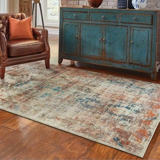 Distressed Traditional Beige/ Multi Area Rug (6'7 x 9'6)