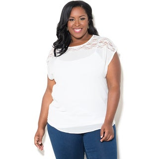 Sealed with a Kiss Women's Plus Size 'Nikki' Chiffon Top