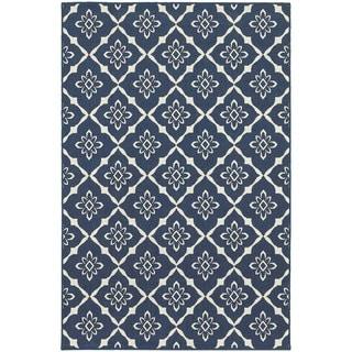 Floral Lattice Navy/ Ivory Indoor Outdoor Area Rug (5'3 x 7'6)