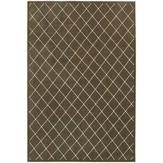Diamond Trellis Heathered Brown/ Ivory Area Rug (6'7 x 9'6)