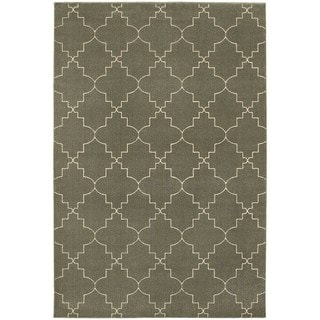 Scalloped Lattice Heathered Grey/ Ivory Area Rug (6'7 x 9'6)