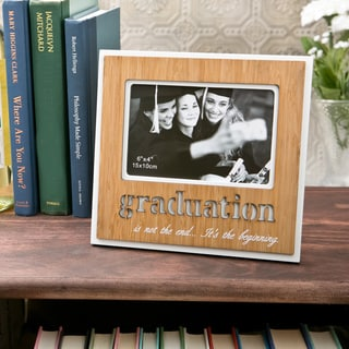 Graduation' 4x6 Wood Frame