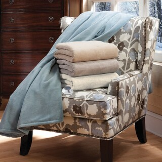 SertaLuxe Plush Electric Heated Throw with Low Voltage Technology