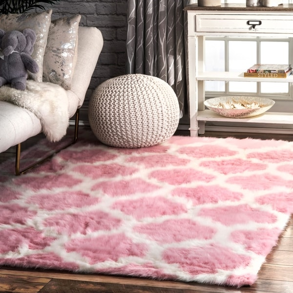 nuLOOM Faux Sheepskin Solid Soft and Plush Cloud Trellis Kids Shag Pink Rug (3' x 5') - 3' x 5'