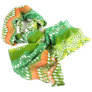 Handmade White, Peach and Green Ikat Design Cotton Scarf (India)