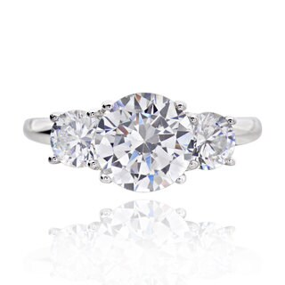 Sterling Silver 3ct TGW 3-stone Round Cubic Zirconia Bridal Engagement Ring (China)