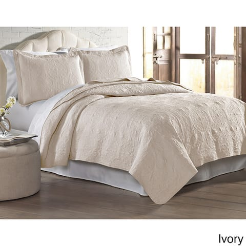 Modern Threads Solid Embroidered Quilted 3-piece Coverlet Set