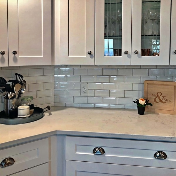 6 Kitchen Backsplash Ideas That Will Transform Your Space: Shop SomerTile 3x6-inch Malda Beveled Subway Glossy White