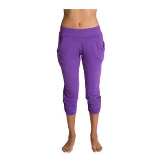 Shop Women S Be Up Easy Flow Purple Capri Yoga Pants Overstock 10656606