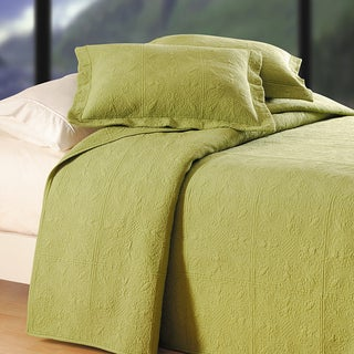 Green Matelasse Quilt (Shams Not Included)
