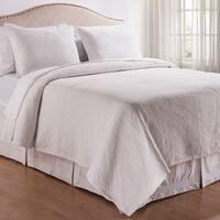 Richmond White Stonewashed 3-piece Quilt Set