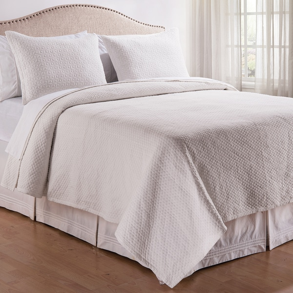 White Stonewashed 3-piece Quilt Set