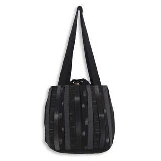 Handmade Cotton 'Orient Black' Shoulder Bag (Thailand)