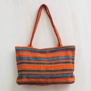 Handcrafted Wool 'Cajamarca Orange' Shoulder Bag (Peru)