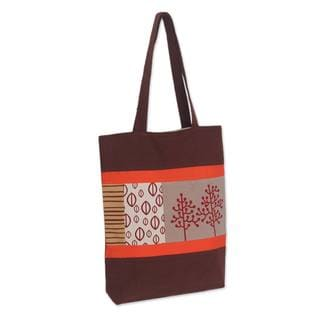 Handcrafted Cotton Batik 'Love of Nature' Shoulder Bag (Thailand)