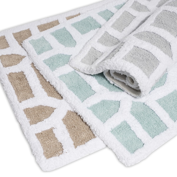 Luxurious 100-percent Cotton Bath Rug with Modern Geometric Pattern 21 x 34 inches