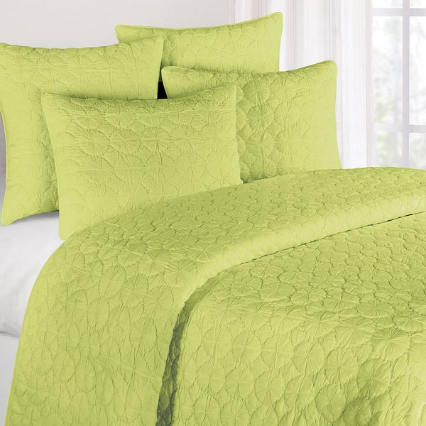 Green Mara Cotton Quilt (Shams Not Included)