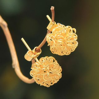 Handcrafted Gold Overlay 'Flirt' Earrings (Peru)