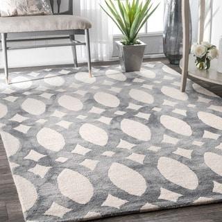 nuLOOM Handmade Dip Dyed Geometric Wool Light Grey Rug (7'6 x 9'6) - 7'6 x 9'6