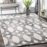 nuLOOM Handmade Dip Dyed Geometric Wool Light Grey Rug (7'6 x 9'6) - 7'6 x 9'6