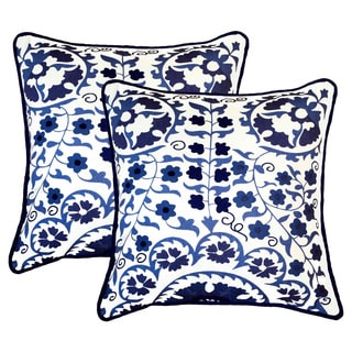 Susan Blue and White 20-inch Throw Pillow