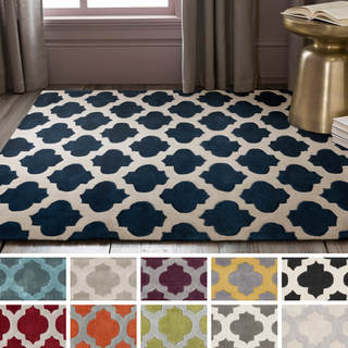 Hand-Tufted Lucent Polyester Rug (5' x 8')