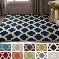 Hand-Tufted Lucent Area Rug - 8' x 11'