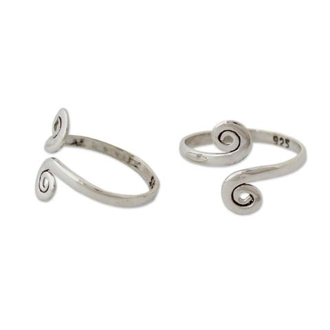 Set of 2 Sterling Silver Luminosity Toe Rings (India)