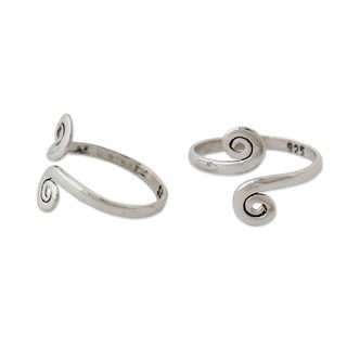 Set of 2 Sterling Silver 'Luminosity' Toe Rings (India)