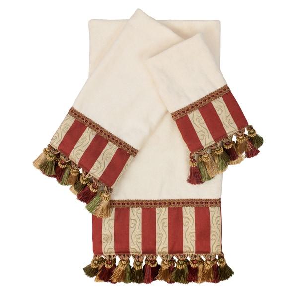 Austin Horn Classics Mount Rouge Ecru 3-piece Luxury Embellished Decorative Towel Set