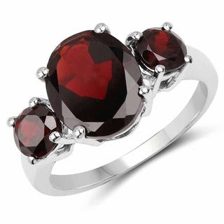 Malaika Sterling Silver 5ct Garnet Ring