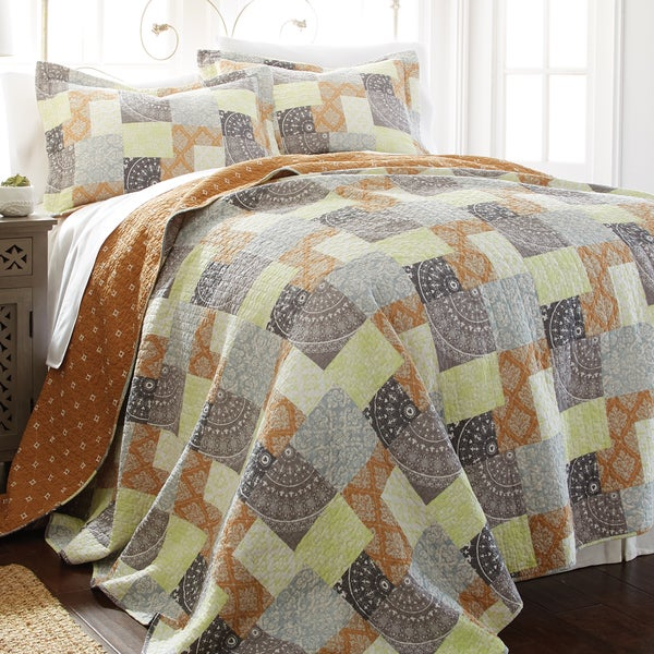 Amrapur Overseas Adara 100-percent Cotton 3-piece Printed Reversible Quilt Set