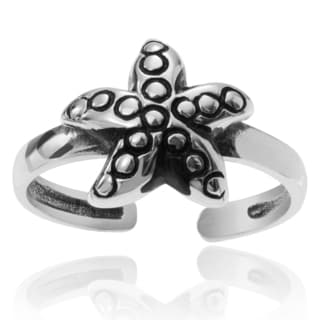 Journee Collection Sterling Silver Starfish Adjustable Toe Ring