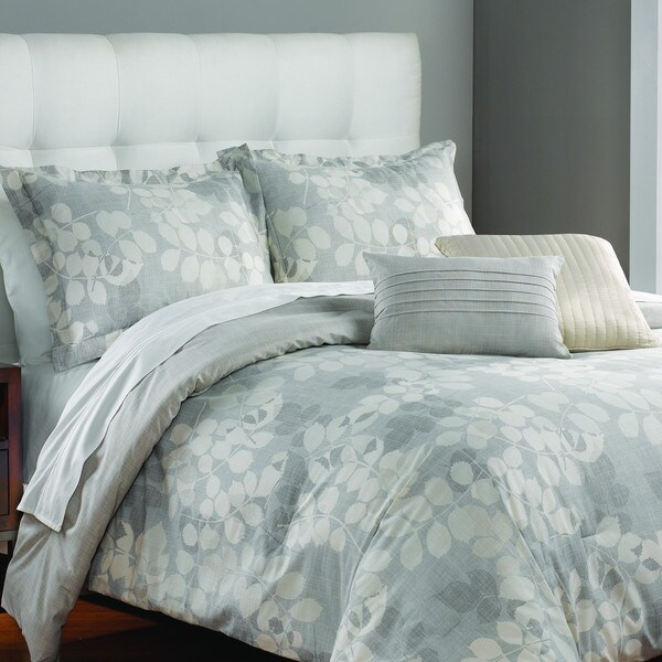 WestPoint Home Thompson Ivory Leaves 3-piece Comforter Set