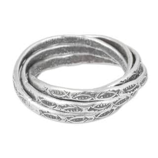 Set of 5 Handcrafted Silver 'Five Karen Rivers' Rings (Thailand)