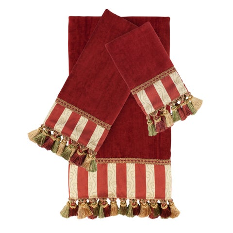 Austin Horn Classics Mount Rouge Red 3-piece Luxury Embellished Decorative Towel Set